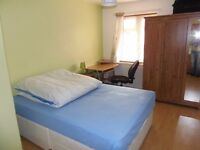 Flatshare offering one double bedroom in an Uxbridge maisonette close to all amenities and transport