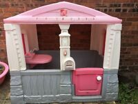 Step 2 plastic playhouse - good condition