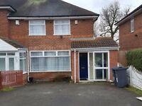 FOUR BEDROOM HOUSE TO RENT ** EFFINGHAM ROAD ** BILLESLEY ** IDEAL FOR FAMILY * MANY SCHOOLS NEARBY
