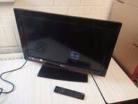 LG Tv 28LD350 26'' LCD TV HDMI with remote, excellent condition