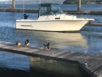 ** Low Hours** Bayliner Trophy 2052 WA Mercruiser Sports Fishing Boat