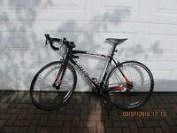 Mens' Specialized Allez 2014 road bike - as new - a great entry level road bike