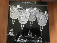 Crystal wine glasses set of 4