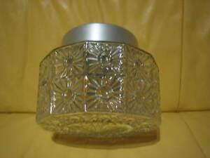 antike ddr pressglas deckenleuchte mit keramik fassung ebay. Black Bedroom Furniture Sets. Home Design Ideas