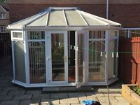 Conservatory with blinds