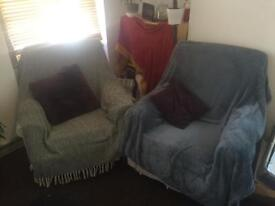 2 X Comfy Cream Archairs - Free