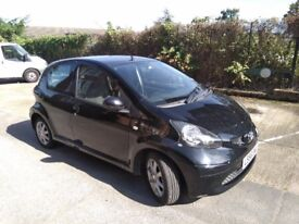 Toyota Aygo 1.00 cc Manual Petrol MOT and Tax Drives Perfect.