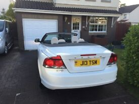 Volvo C70 ice white convertible