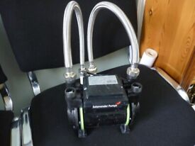 salamander CT75 XTRA 2.0 BAR twin impeller quality shower pump,excellent perfect working condition..