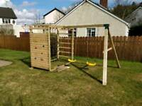 NEW CHILDRENS CLIMBING FRAME AND SWING SET