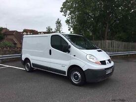 Renault trafic 2.0 dci 6 speed clean van good runner similar to vivaro primastar