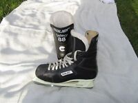 Bauer Select 88 Ice Hockey Skates Size 8