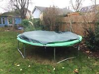 10 ft trampoline with cover, safety net