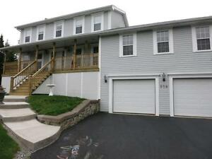 14-142 UTILITIES INCL. Lovely home , Kingswood Subdivision