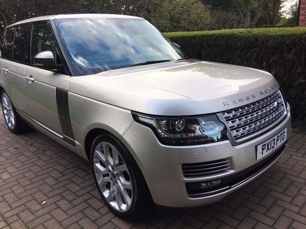 Range Rover 4.4 SDV8 Vogue for sale - Immaculate condition