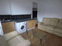 'Fully furnished one bedroom ground floor flat on Tempest Road, Beeston LS11: Available Now £97pw'