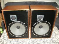 WHARFEDALE MELTON 2 VINTAGE SPEAKERS.