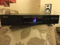 Teac T-R450 AM/FM Tuner