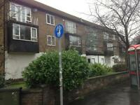 4 Bedroom flat - immediately opposite Fallowfield campus -