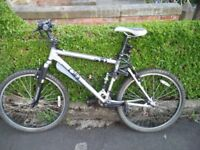 DB mountainbike, S10 Full Suspension, in good condition, 18-19'' frame
