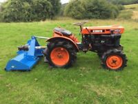Kubota B7000 4WD Compact Tractor with New 4ft Flail Mower
