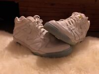 Men's Mint Nikey Air challenge III Size 10