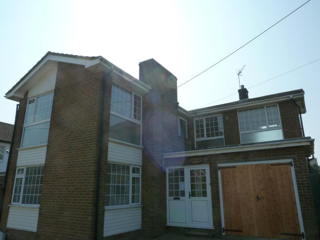 6-8 Bedroom House, Augustine Road, Minster on Sea, Kent ME12 2LZ - HB/DSS and pets accepted
