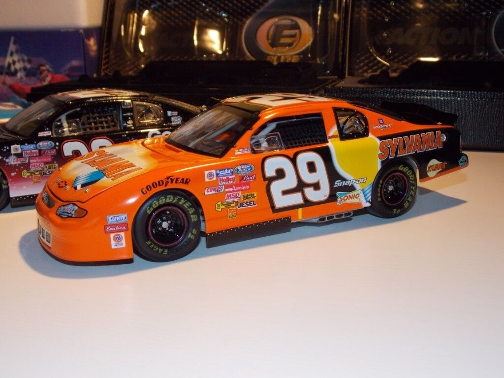 Action 1.24 scale Nascar cars  fbd49b84a