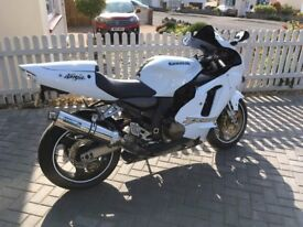 Kawasaki ZX12R B1H in white may part ex