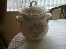 A french sloop pale mint condition pink an green