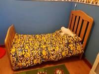 Mamas and pampas cot bed