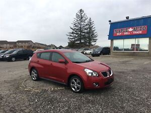 2010 Pontiac Vibe AWD - MOON ROOF