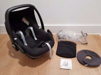 Immaculate condition Maxi Cosi Pebble Car Seat - Maxicosi Family ISOFIX Baby travel system