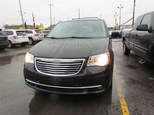 2015 Chrysler Town & Country Touring-L | CAM | LEATHER | REAR AI London Ontario image 3