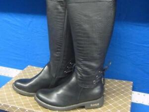 NEW Women's winter boots