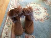 New - Lady's tan faux fur boots, UK size 6