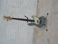 Fender Jazz Bass - Mexican 2004/5 - Pristine Ice Blue Metallic.