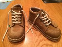 KICKERS KICK HIGH CLASSIC - BOYS SIZE 11