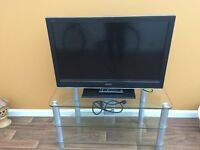 """40""""tv sonybravo excellent condition with glass stand"""