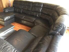 LEATHER CORNER SOFA WITH RECLINER !!