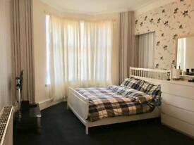 Very spacious and furnished double room