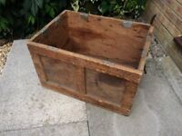 Traditional Character Wooden Crate Storage Log Box With Rope Handles
