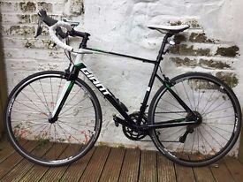 Giant Defy 0 2015 Road Bike, Shimano Ultegra Groupset, as new stored indoors only used during summer