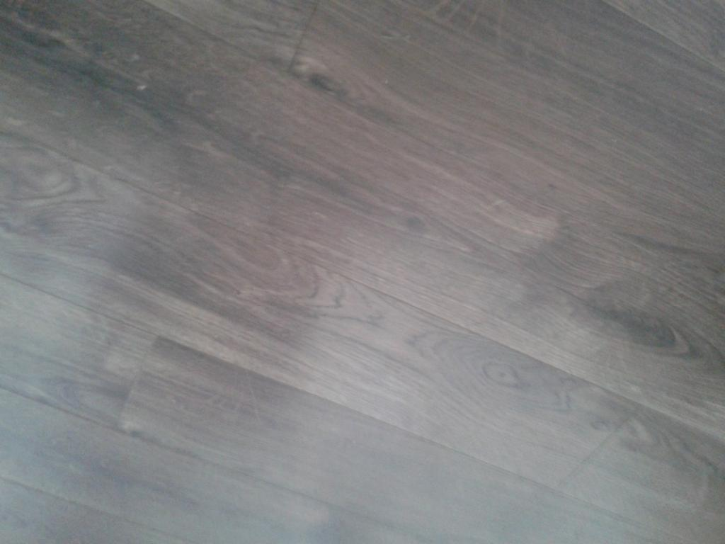 New Laminate Flooring 4sq Metre Pergo Mocha Oak