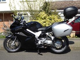 Honda VFR800 VTEC ABS 2007, Exceptional Condition, Full Luggage & extras. Just serviced. New MOT.