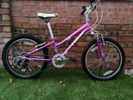Trek kids bike Girls bikcycle bile 20in wheels for age 6-10