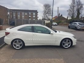 Mercedes CLC Coupe - white with panoramic roof!