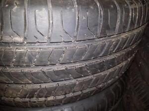 4 pneus d'été 225/50/17 Michelin Energy Saver A/S, 15% d'usure, 8-9/32 de mesure.