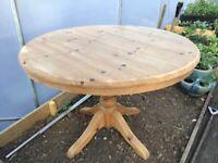 Round pine table Free