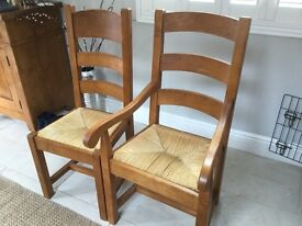 6 Oak dining chairs inc 2 carvers with rush seating